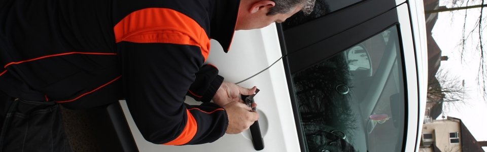 auto locksmith newark , newark car keys